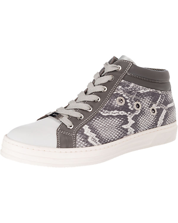 ara Courtyard Sneakers weit