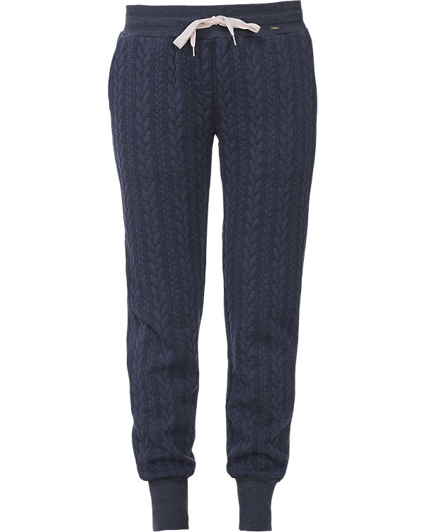 Hose Loungewear Collection