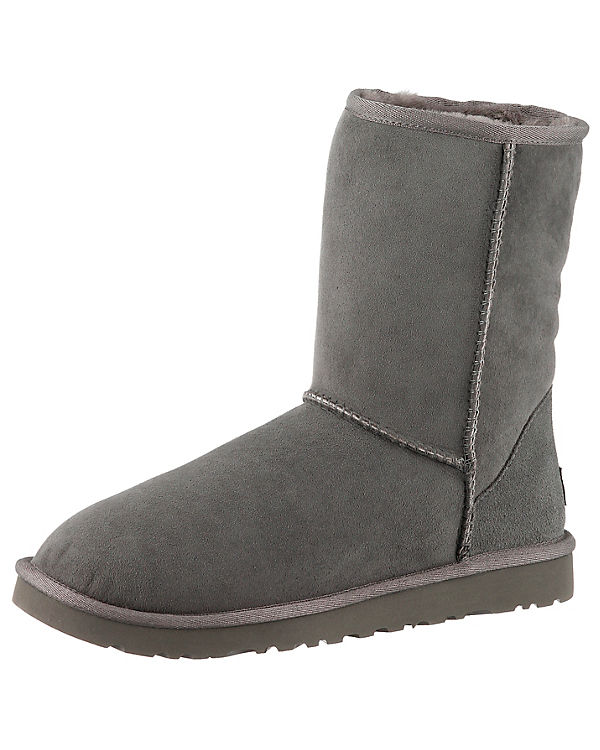 UGG Classic Short Stiefel