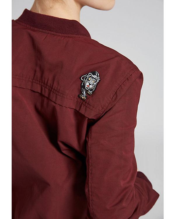 Khujo Jacke NAURU WITH BADGES rot Verkauf Truhe Bilder Spielraum Shop-Angebot Billig Verkauf Versand Niedriger Preis Gebühr JJmkBQMS